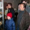 Палеонтологическая экскурсия, ноябрь 2005 года. У витрины