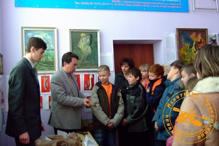 """Открытие выставки """"Итоги палеоэкспедиции-2007"""". Рассказ о находках"""