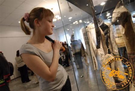 """Репортаж с выставки """"Манси - лесные люди"""", апрель 2008 года"""