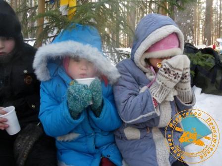 Детский праздник - январь 2010. Горячий чаёк!