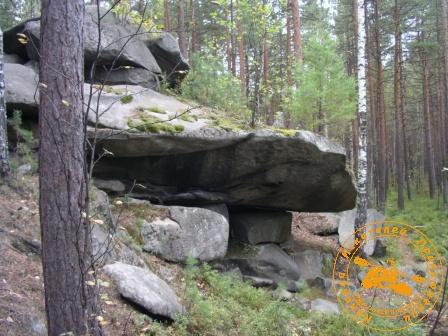 Скальный навес